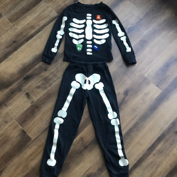 NEW Gymboree Skeleton Boys Girls Halloween Gymmies PJs 18-24M 2T Glow in Dark
